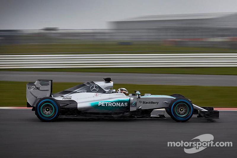 Mercedes W06 Silverstone'da