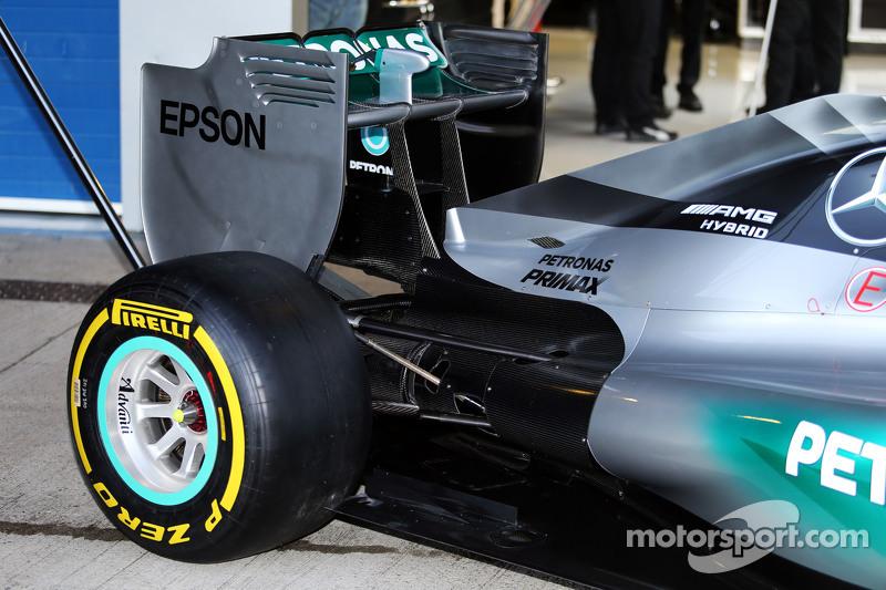 Mercedes AMG F1 W06, Heckflügel und hintere Aufhängung