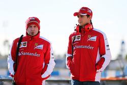 (da sinistra a destra): Simone Resta, Vice capo progettista  Ferrari con Esteban Gutierrez, tester e terzo pilota Ferrari