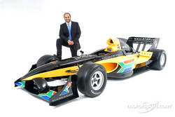 His Highness Sheikh Maktoum Hasher Maktoum Al Maktoum (UAE), CEO and President of A1 Grand Prix, and the South African liveried Lola A1 Grand Prix car