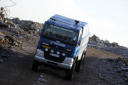 Team de Rooy presentation: Gerard de Rooy, Tom Colsoul and Arno Slaats test the rally truck DAF CF75 FAV4x4