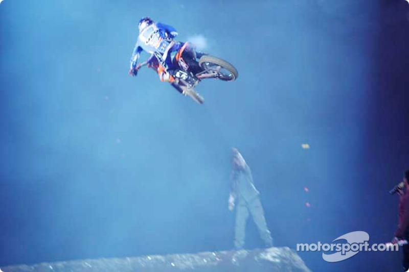 motocross-2004-mun-bu-0102