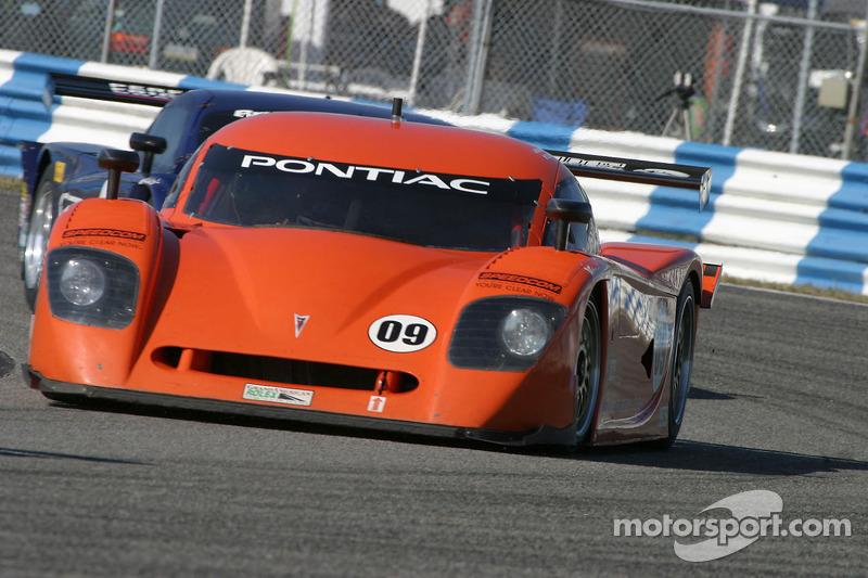 #09 Spirit of Daytona Racing Pontiac Crawford: Doug Goad, Stephan Gregoire, #01 CompUSA Chip Ganassi