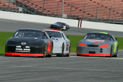 Jamie McMurray leads Ryan Newman and Jeff Gordon on pitroad