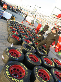 Dodge Dealers crew members prepare wheels