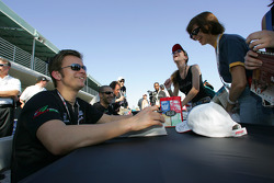 Autograph session: Dan Wheldon