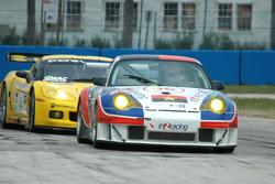 #96 IN2RACING Porsche 911 GT3 RSR: Juan Barazi, Michael Vergers, Andrew Thompson