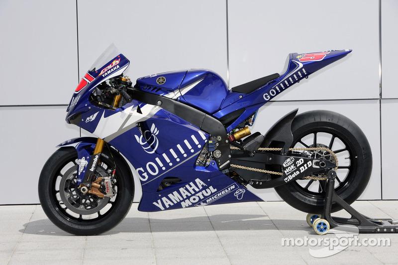 Sesión de fotos de Gauloises Yamaha equipo: Yahama YZR M1