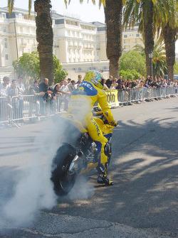 Alex Barros does a demo run
