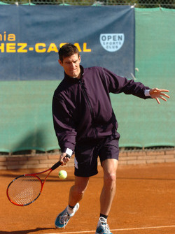 F1 Tennis Charity for the Northampton Intensive Care Unit at the Sanchez-Casal Open Tennis Academy: Mark Webber
