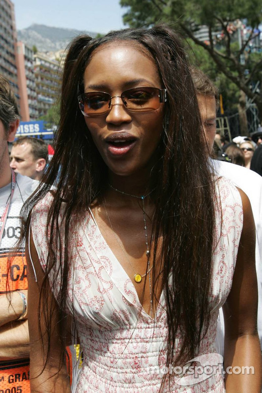 Naomi Campbell top model