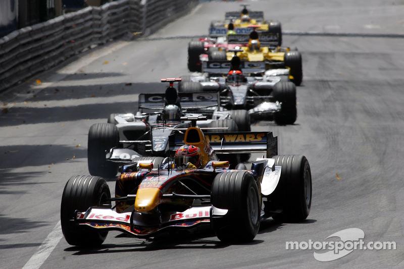 Red Bull Racing im Rennen