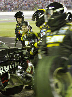Team Army works on the #01
