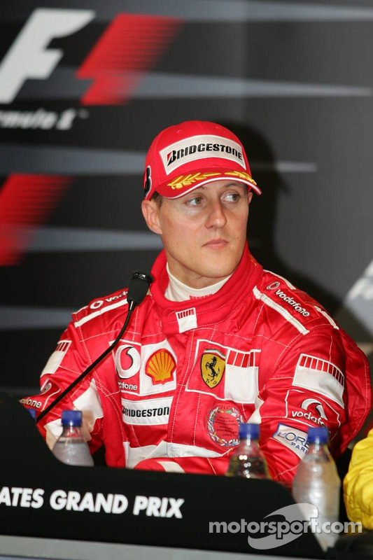 Coletiva de imprensa: vencedor Michael Schumacher