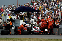 Pitstop for Tarso Marques