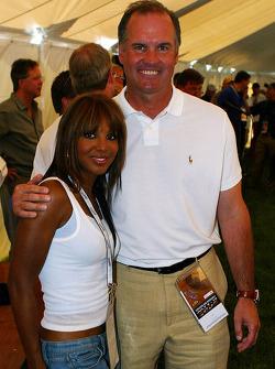 Ryne Sandberg former Chicago Cubs player with emmy award winner singer Toni Braxton
