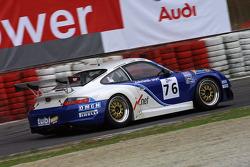 #76 Autorlando Sport Porsche 996 GT3 RS: Franco Groppi, Luigi Moccia, Mike Rockenfeller