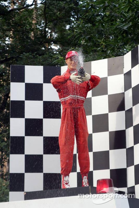 Un muñeco de Michael Schumacher