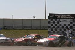 #13 Unitech Racing Nissan 350Z: David Murry, Blake Rosser; #40 Team Sahlen Porsche 996: Joe Nonnamaker, Wayne Nonnamaker, Will Nonnamaker