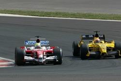 Ralf Schumacher and Narain Karthikeyan