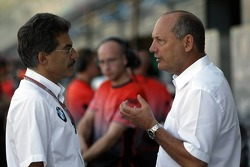 Dr Mario Theissen and Ron Dennis