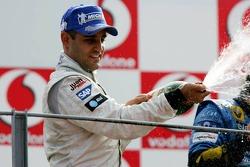 Podium: champagne for Juan Pablo Montoya