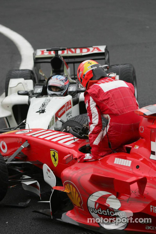 Michael Schumacher not happy with Takuma Sato