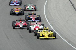 Tomas Scheckter leads the field