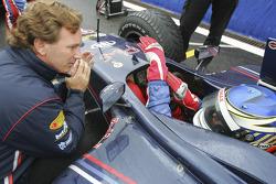 Christian Horner talks to Heikki Kovalainen