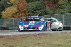 La CITGO - Howard - Boss Motorsports Pontiac Crawford N°2 (Andy Wallace, Milka Duno) et la Porsche GT3 Cup N°37 (Darrell Carlisle, Michael Levitas)