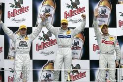 Podium: race winner Gary Paffett with Mika Hakkinen and Bernd Schneider