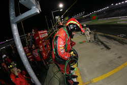 The crew of Jeremy Mayfield ready for a pitstop