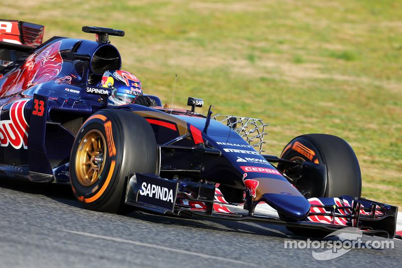 Max Verstappen, Scuderia Toro Rosso STR10, sensörlerle birlikte pistte