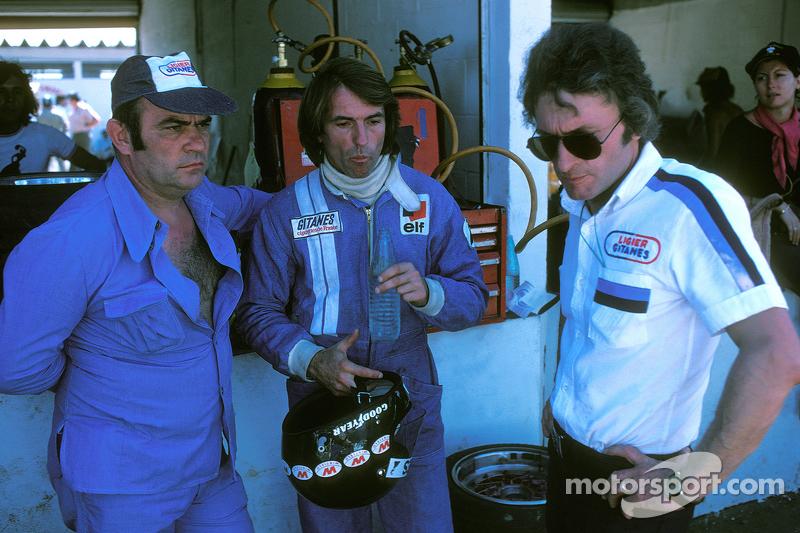 Jacques Laffite, Ligier JS5-Matra з Guy Ligier, owner, та Gérard Ducarouge, designer та інженер