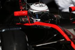 Kevin Magnussen, McLaren MP4-30, Test- und Ersatzfahrer