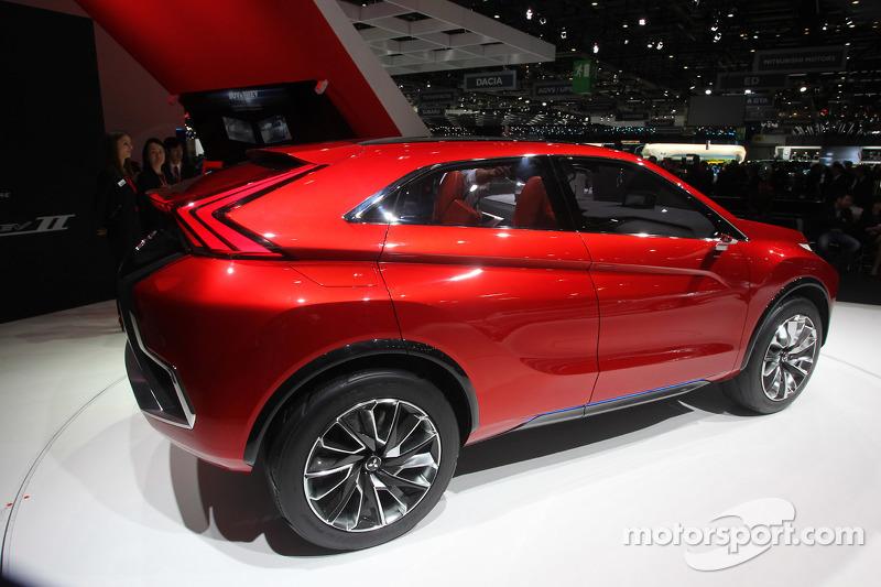 三菱 XR PHEV II Concept
