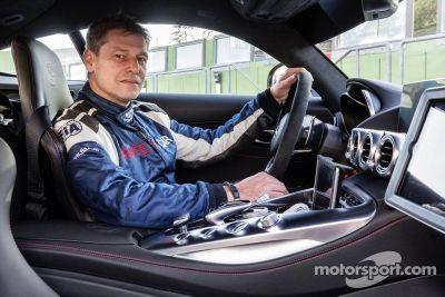Presentación del safety care y médico de Mercedes AMG