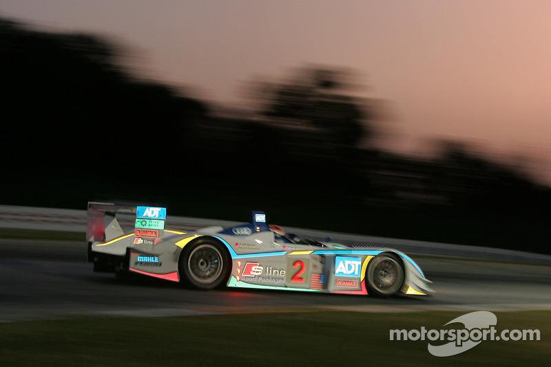 Champion Racing Audi R8 : Frank Biela, Emanuele Pirro