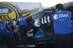 The Alltel crew lower the #12 off the truck