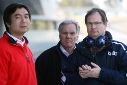 Hisao Suganumo, Patrick Head and Frank Dernie