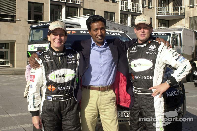 Equipe Kwikpower Mercedes-Benz : Ellen Lohr et Detlef Ruf avec Balbir Singh