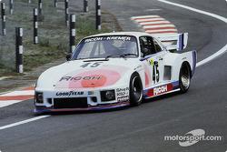 #45 Porsche Kremer Racing Porsche 935/77: John Winter, Dieter Schornstein, Philippe Gurdjian