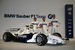 Nick Heidfeld, Jacques Villeneuve and Robert Kubica with the BMW Sauber F1.06