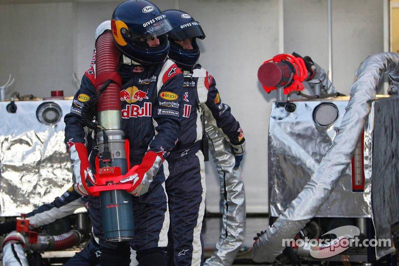 Red Bull Racing team member ready for refuel practice