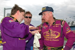 Wayne Taylor receives tips from Dave Marcis