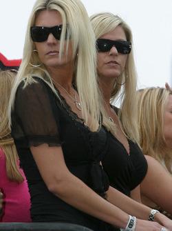 Bon Jovi 'Tribute to America' concert: lovely spectators