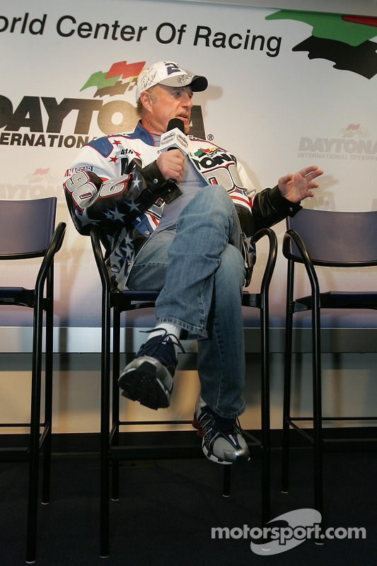 Conférence de presse: Daytona 500 Grand Marshal James Caan