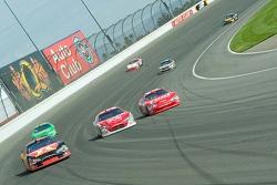 Three-abreast racing at Turn 2