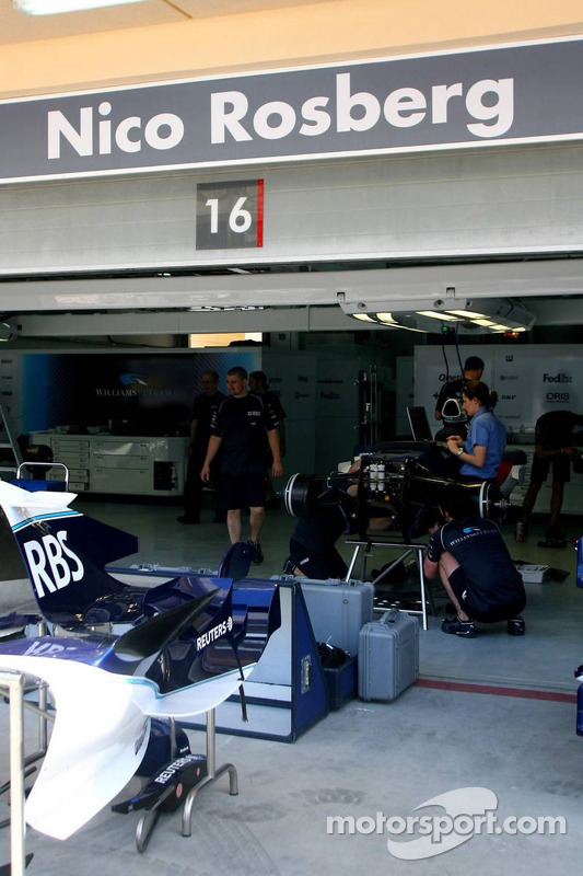 FIA inspects the Williams
