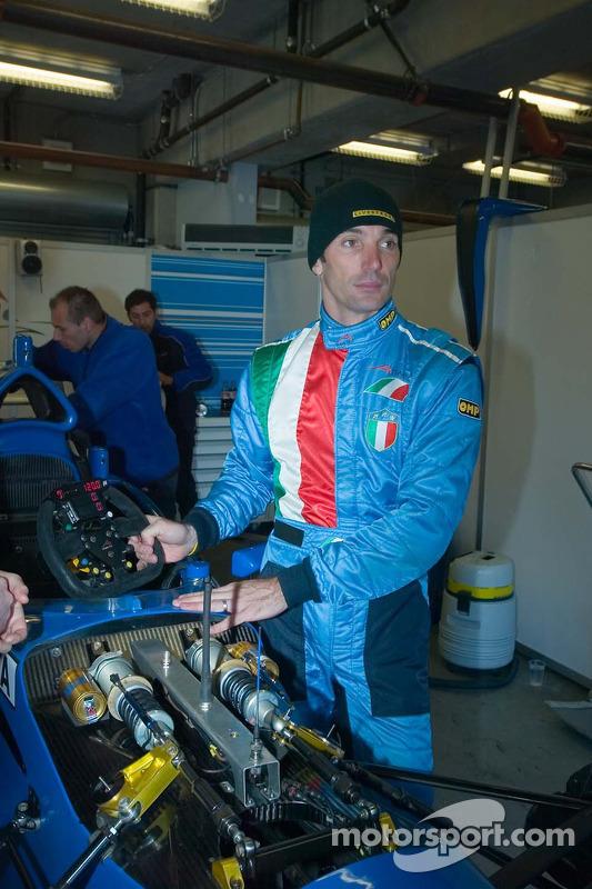 Max Papis apprend la voiture A1GP